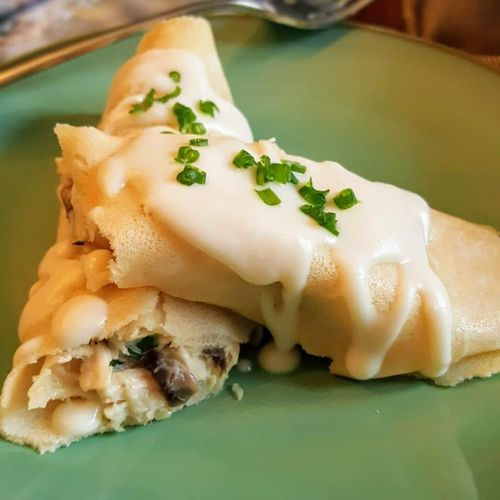 Chicken and Mushroom Crepes with Cream Sauce