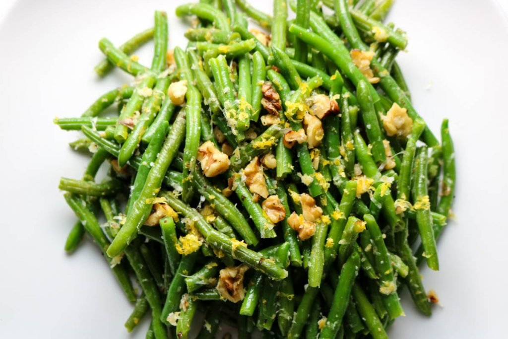 green beans with walnuts and lemon