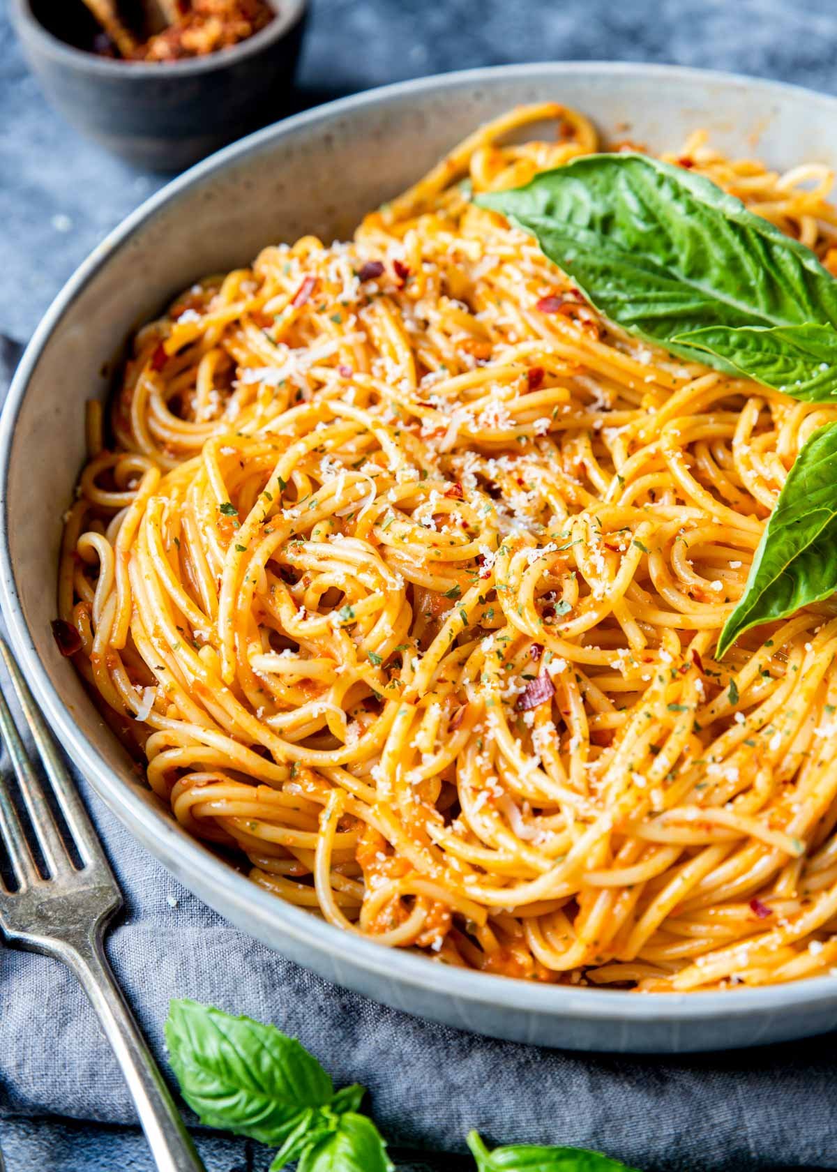roasted red pepper sauce on pasta