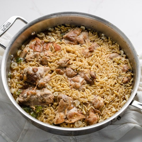 orzo, chicken and garlic cooked together in one pan