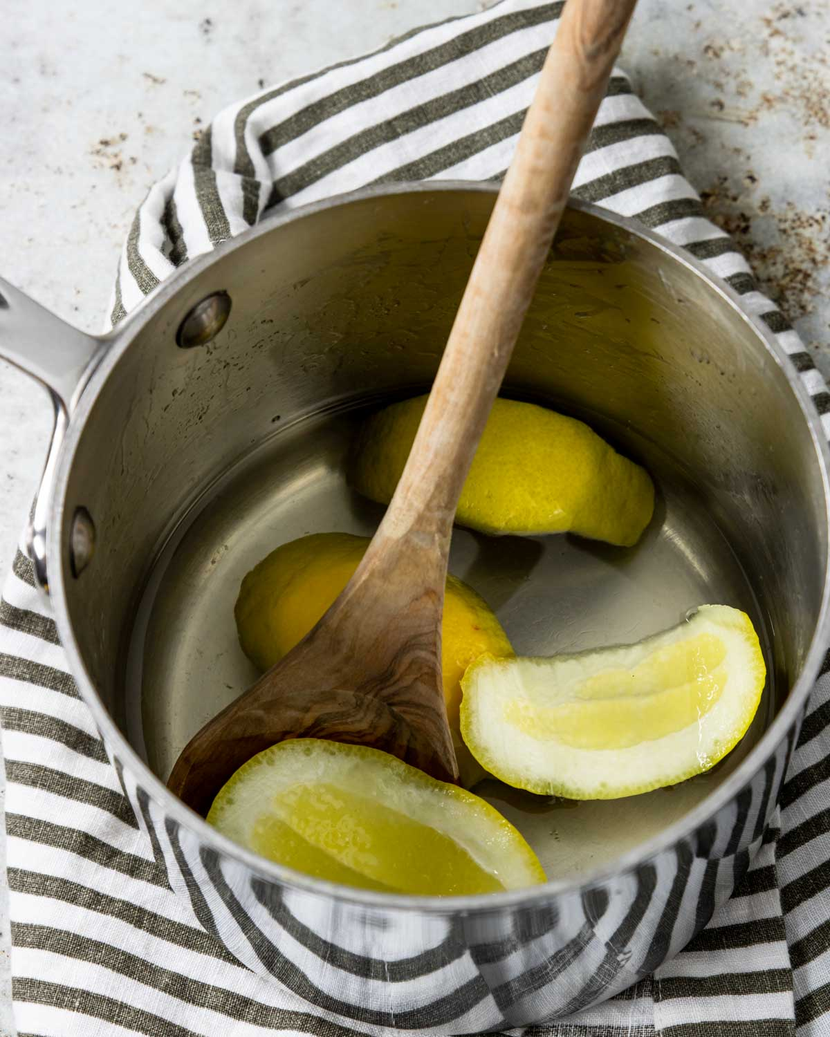 lemon simple syrup in a pot