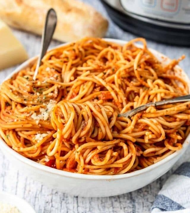 web story cover photo spaghetti in a bowl