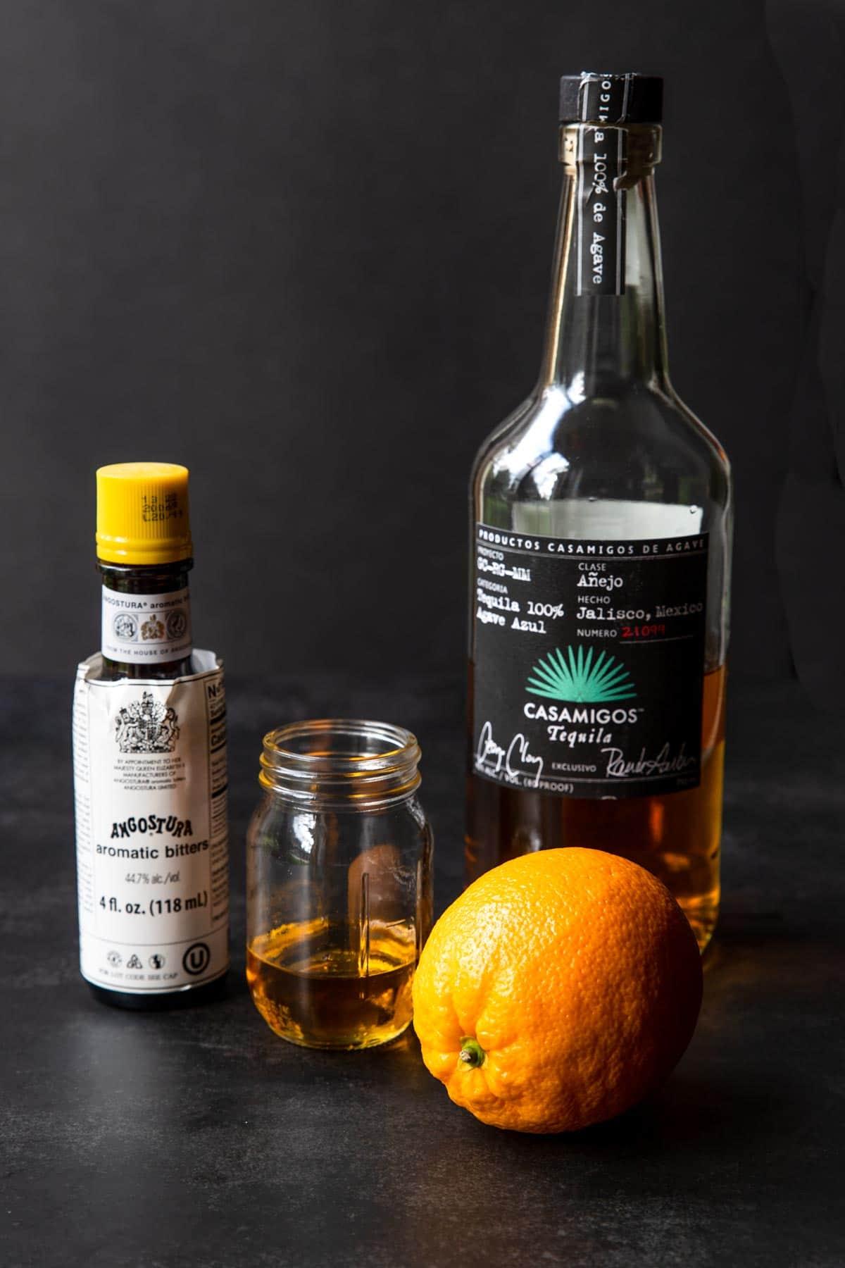 ingredients to make an Añejo old fashioned